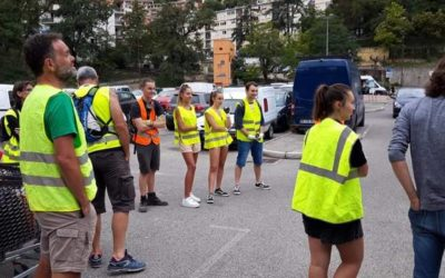Adepte au nettoyage organisé par Youth for climate Grasse